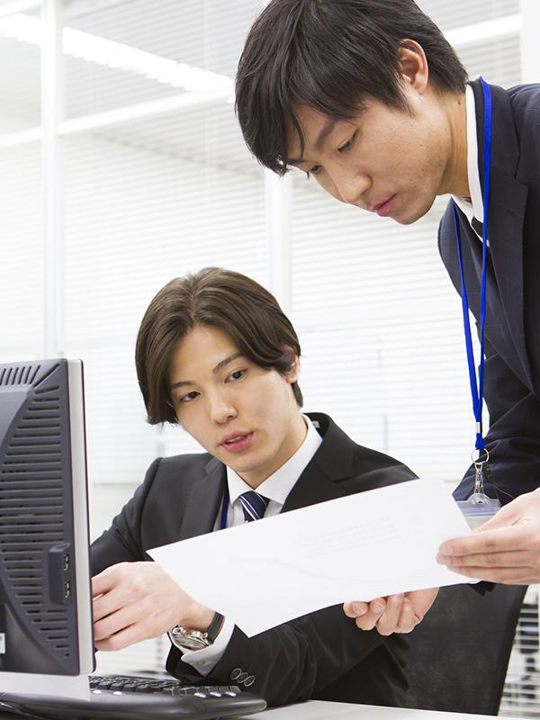 新規事業の企画運営スタッフ(幹部候補) ★月給30万円以上・各種手当充実